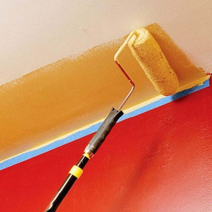 как окрашивать потолок