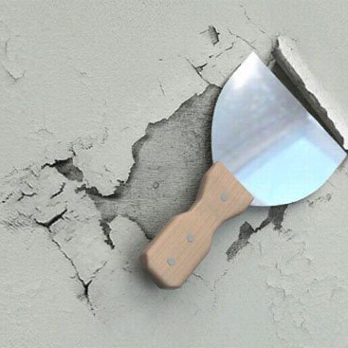 очистка потолка скребком