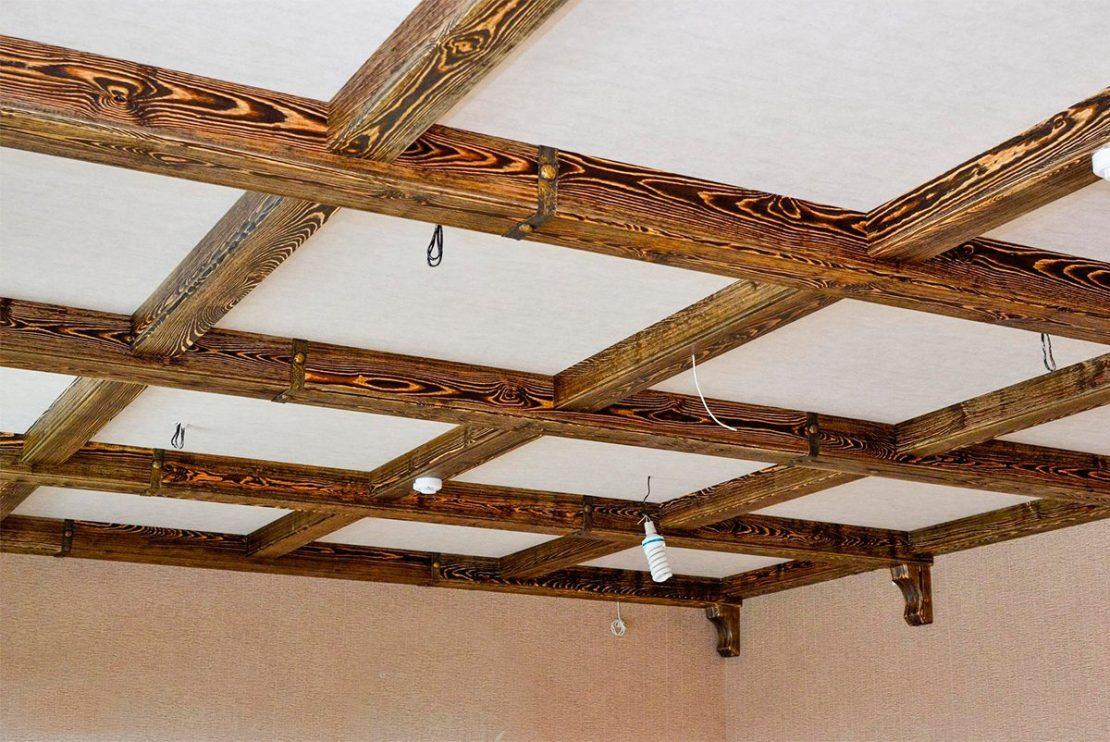 панели из дерева считаются классикой