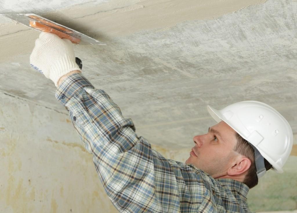 ремонт зашпаклеванного потолка