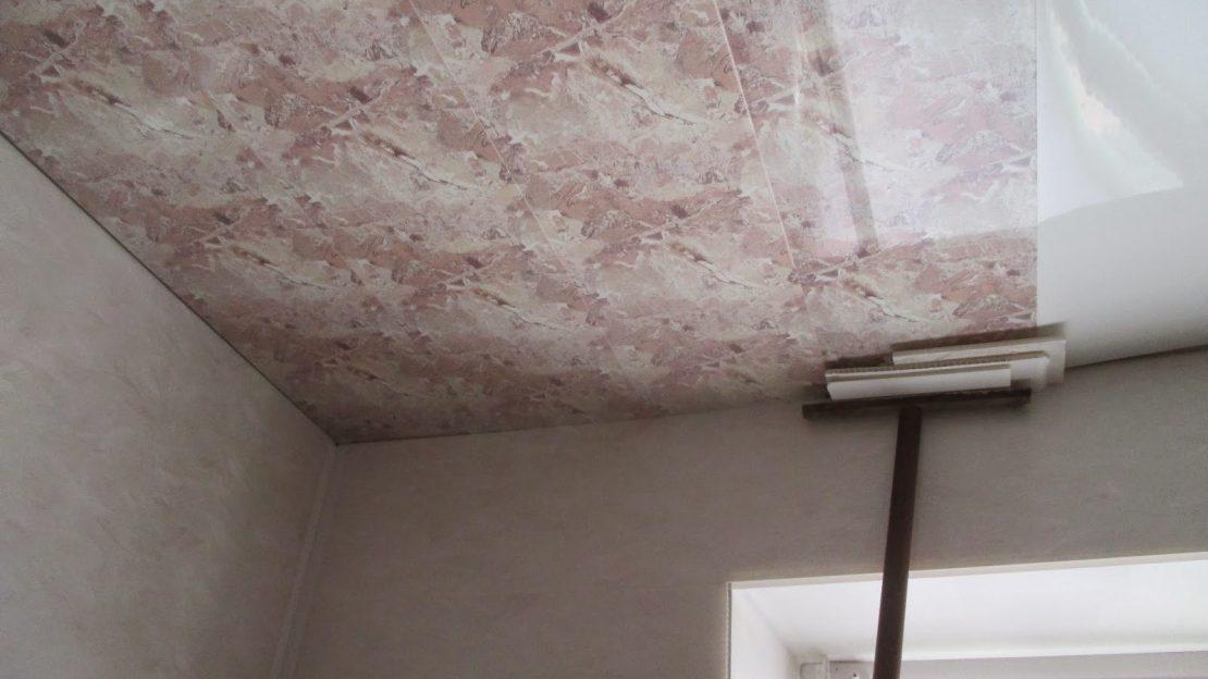 как приклеить панели ПВХ на потолок
