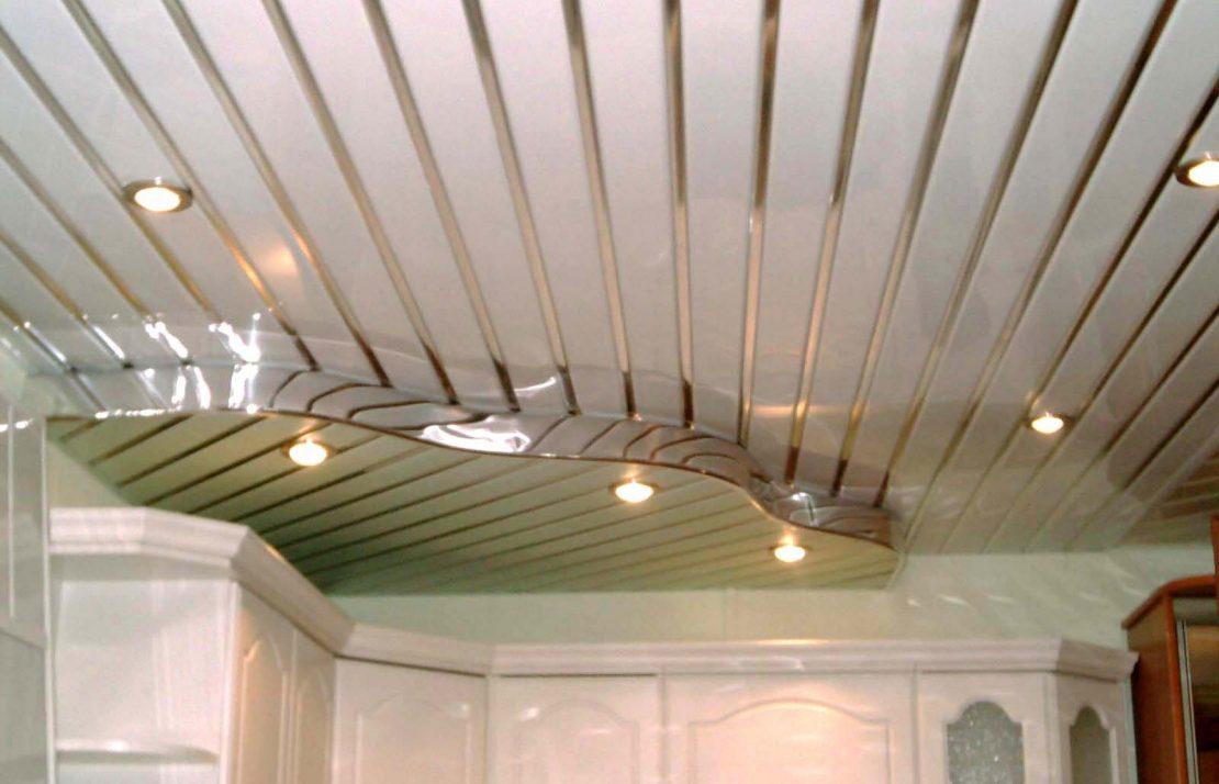 демонтаж алюминиевого потолка