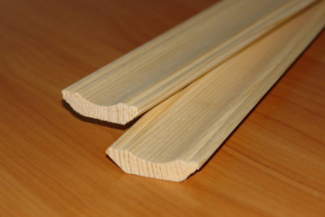 багет потолочный из дерева