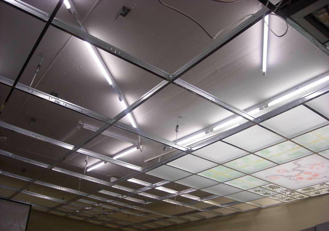 варианты крепления стеклянного потолка