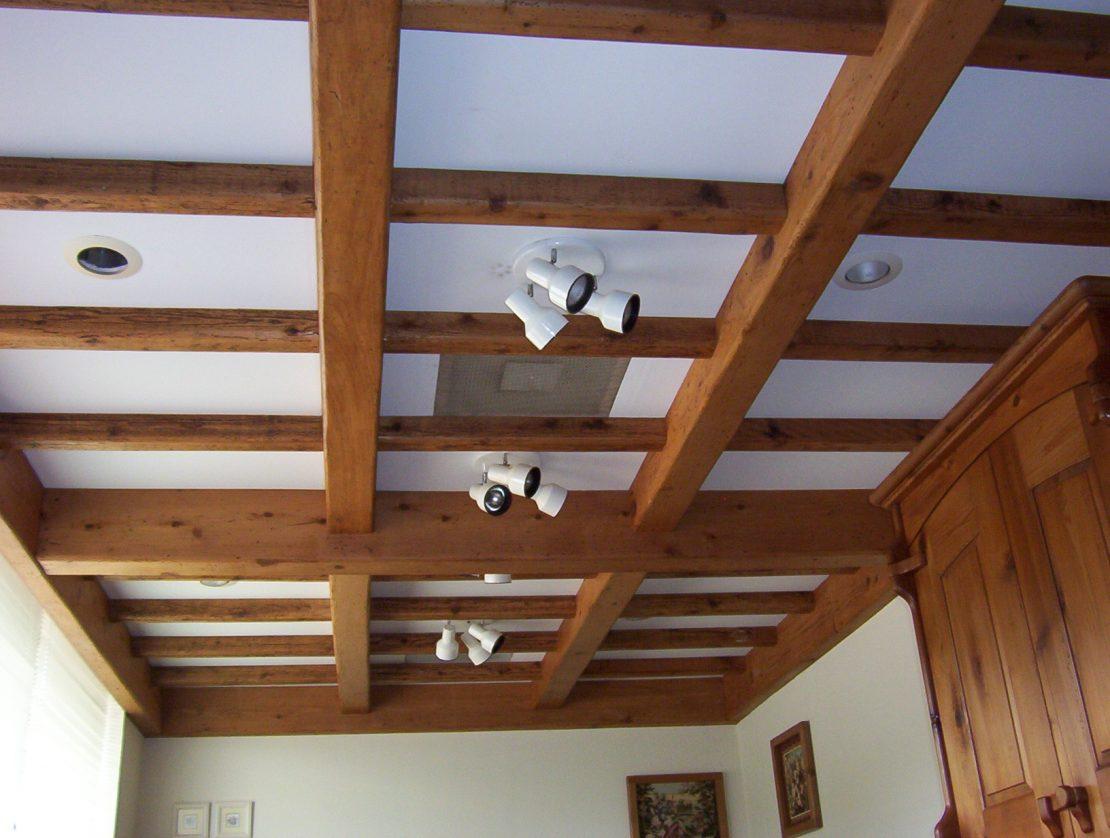 потолки из бруса